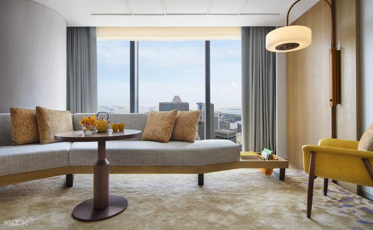Andaz Singapore Studio Suite - Living Area